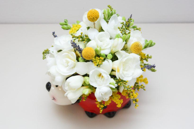 buburuza-florala-frezii-craspedia-solidago-lavanda-1-820x546.jpg