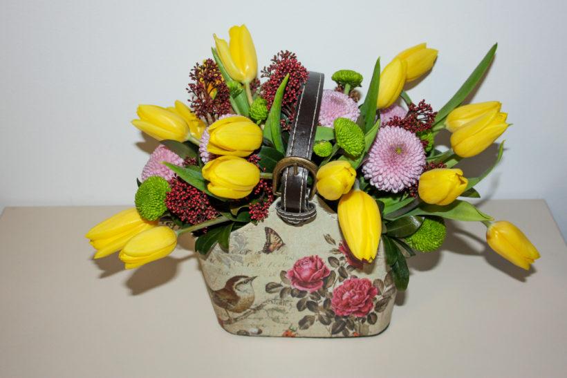 gentuta-florala-lalele-santini-crizantema-1-820x547.jpg